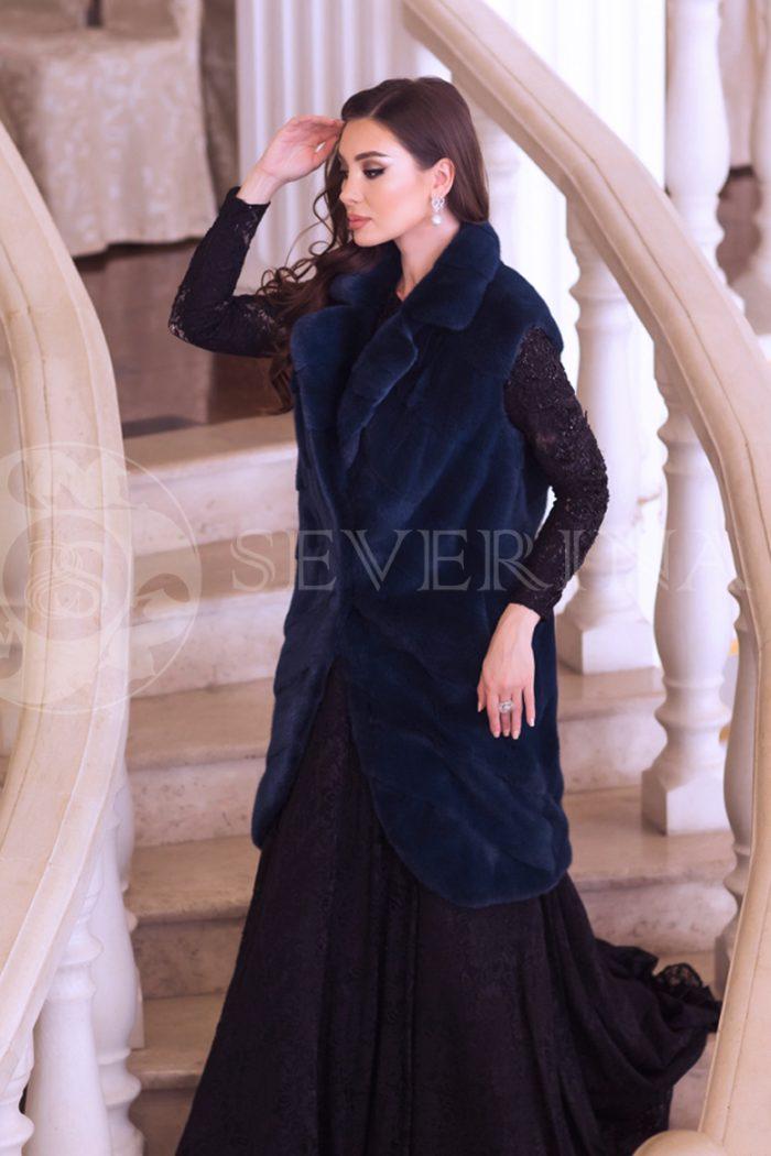 norka sinjaja 2 700x1050 - жилет из меха норки темно-синего цвета