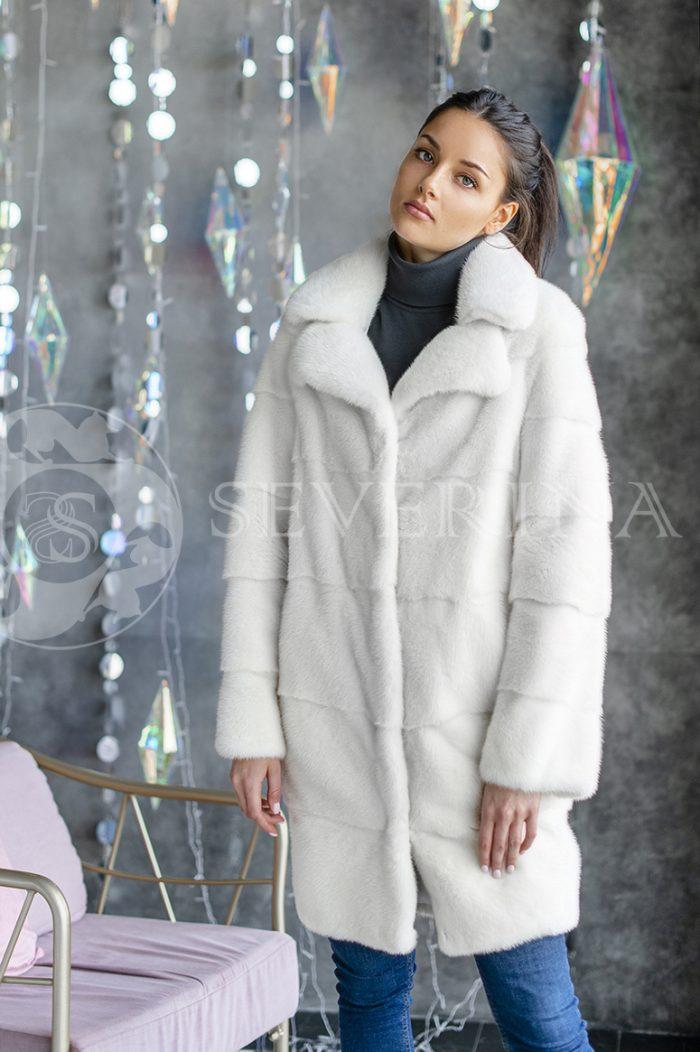 152 700x1052 - шуба из меха канадской норки white