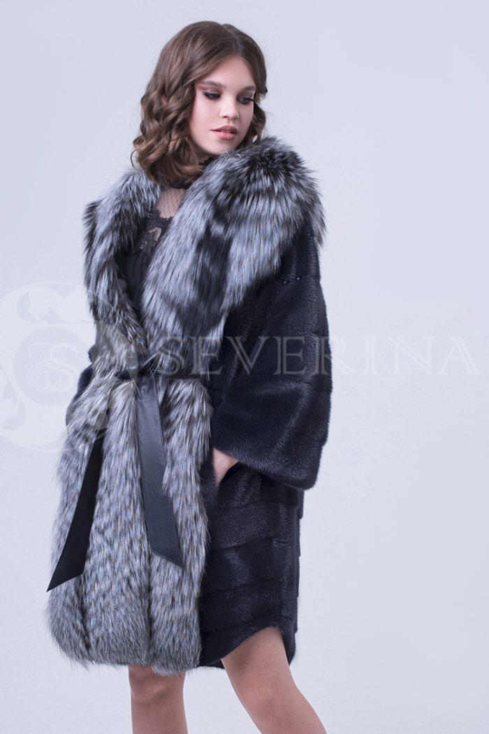 doletskiy 0797 700x1050 - шуба из меха скандинавской норки с отделкой из меха серебристо-черной лисы