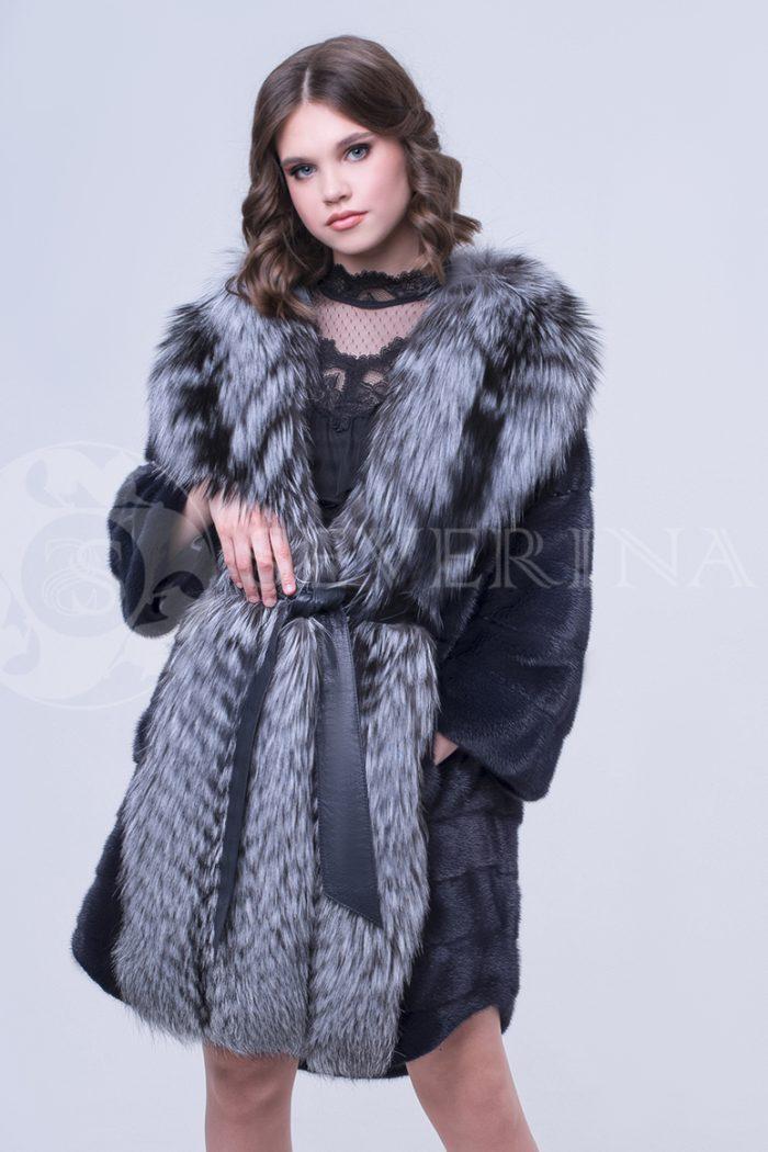 doletskiy 0808 700x1050 - шуба из меха скандинавской норки с отделкой из меха серебристо-черной лисы