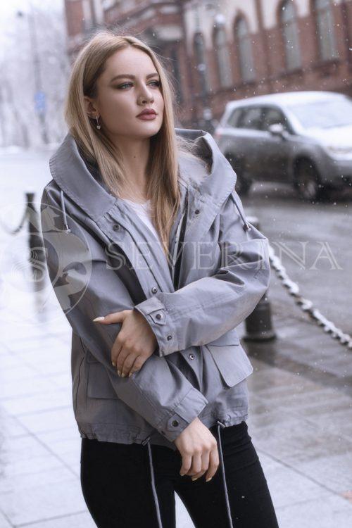 gen4514 500x750 - куртка с отделкой из меха лисы