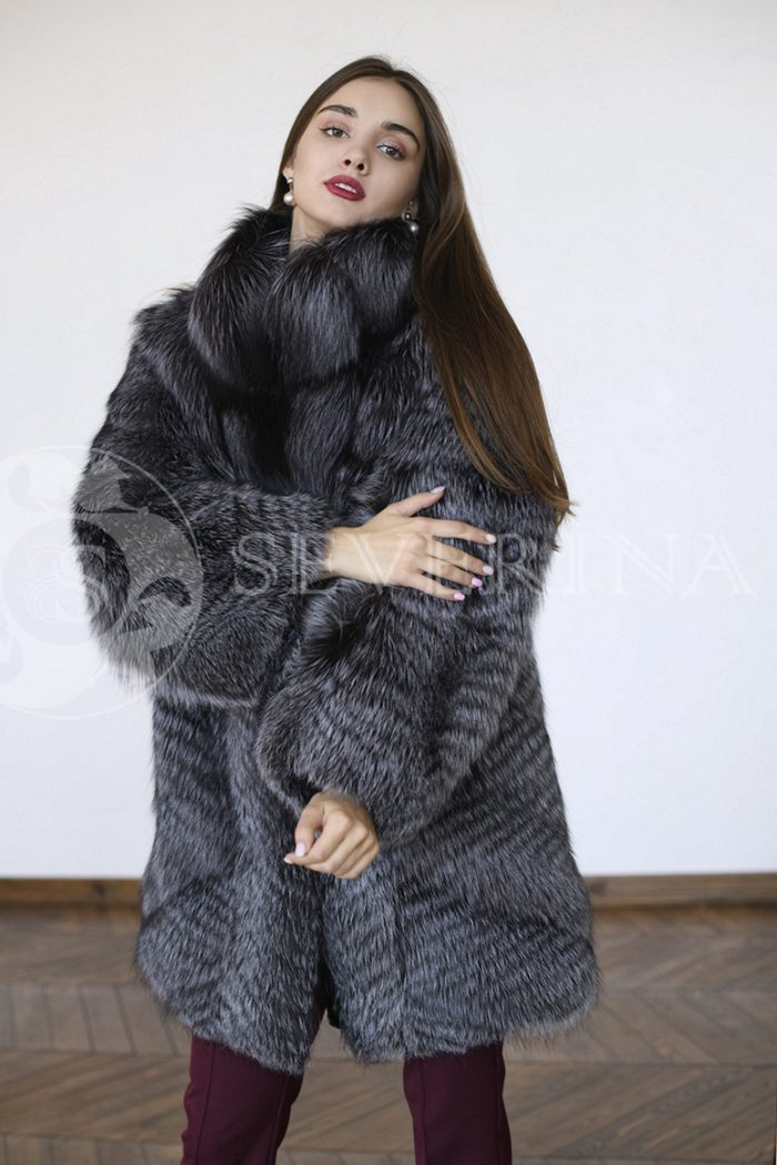 gen5744 700x1050 - шуба из меха серебристо-черной лисы
