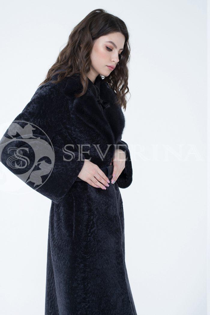 lev300281 2 1 700x1050 - шуба из меха овчины с отделкой мехом норки