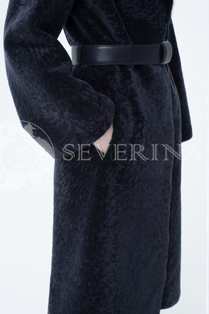 lev300294 1 700x1050 - шуба из меха овчины с отделкой мехом норки