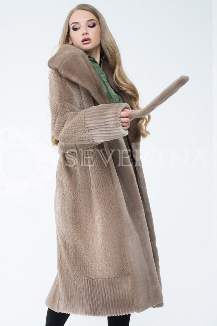 lev300607 2 2 700x1050 - шуба из комбинированного меха норки pastel