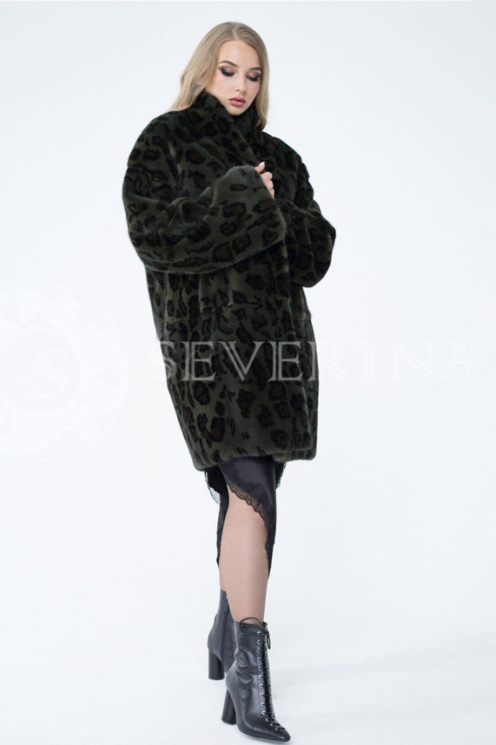 lev302220 1 700x1050 - шуба из меха норки с леопардовым принтом