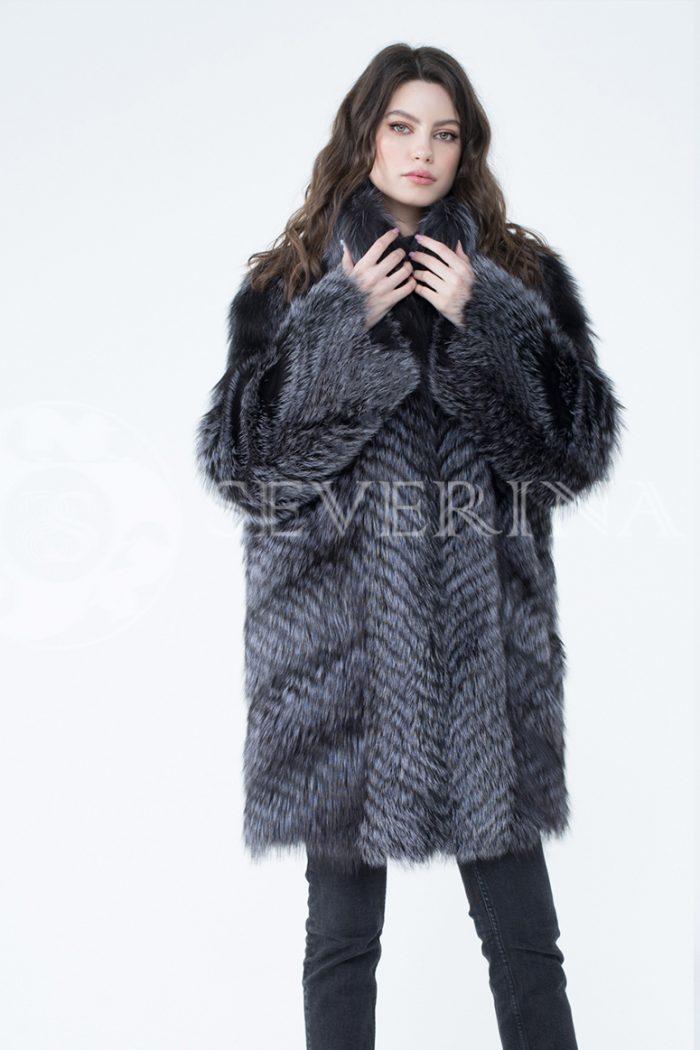 lev302412 1 700x1050 - шуба из меха серебристо-черной лисы