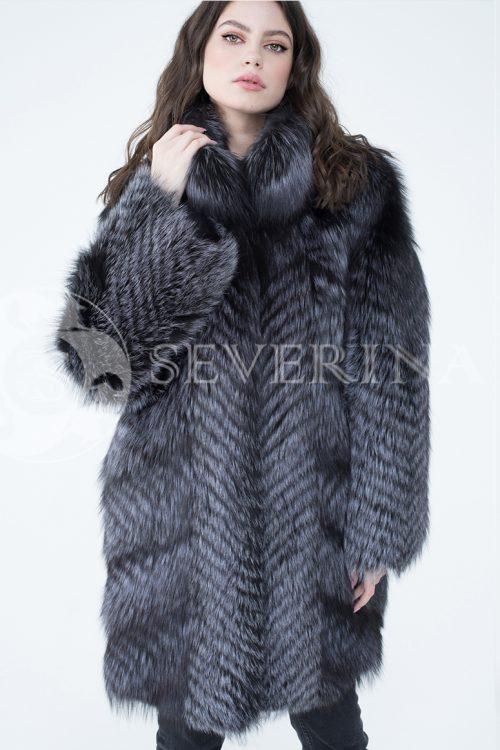 lev302706 1 500x750 - шуба из меха серебристо-черной лисы