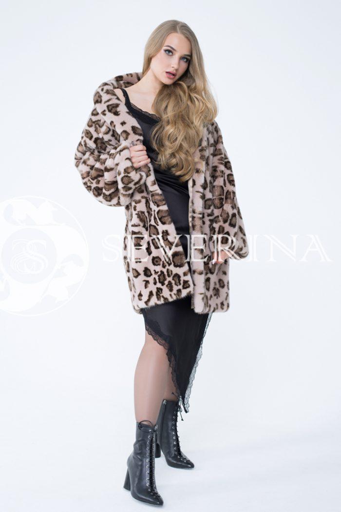 norka leopard bezh 1 700x1050 - шуба из меха норки с леопардовым принтом