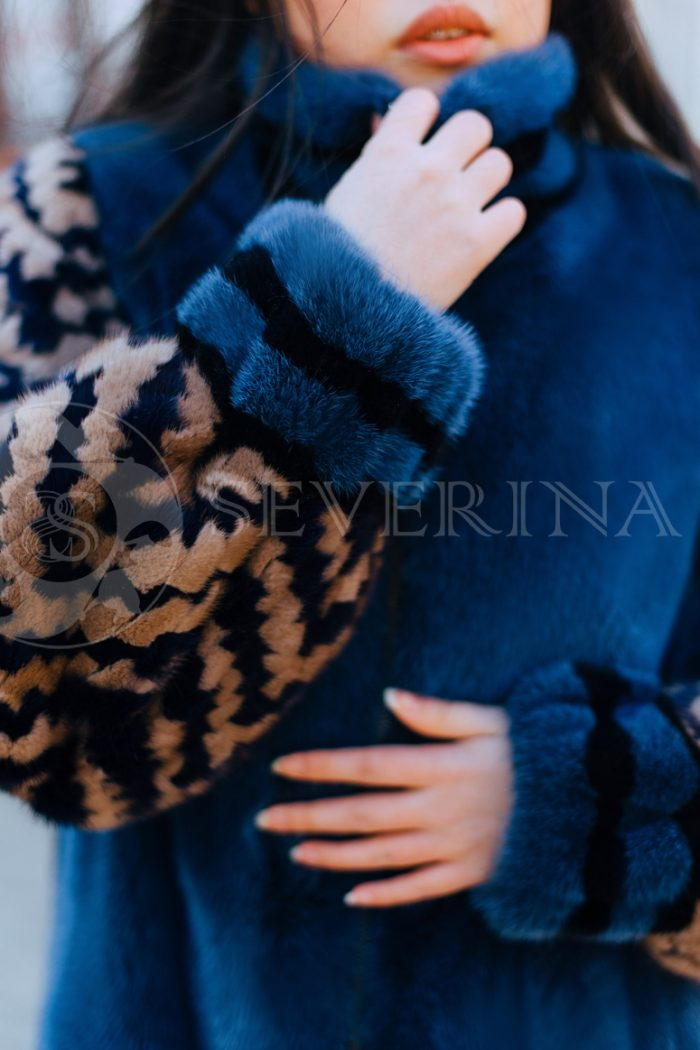 sinjaja s jetno rukavami korejanka v gorode 5 700x1050 - шуба из меха норки темно-синего цвета с инкрустацией