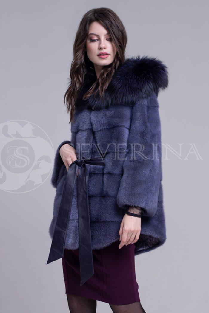 пальто из меха норки темно-фиолетового цвета инжир с отделкой тонированным мехом лисы