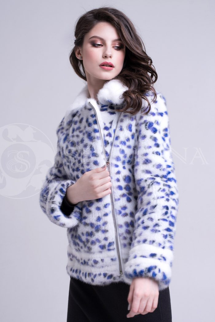 leopard sinie pjatna korotkaja 1 700x1050 - шуба из меха норки white с анималистичным принтом