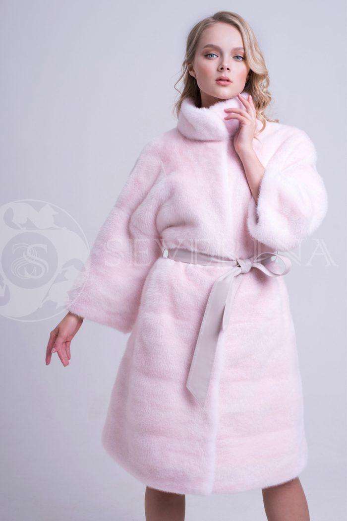 nezhno rozovaja norka stojka 3 700x1050 - шуба из меха норки нежно-розового цвета