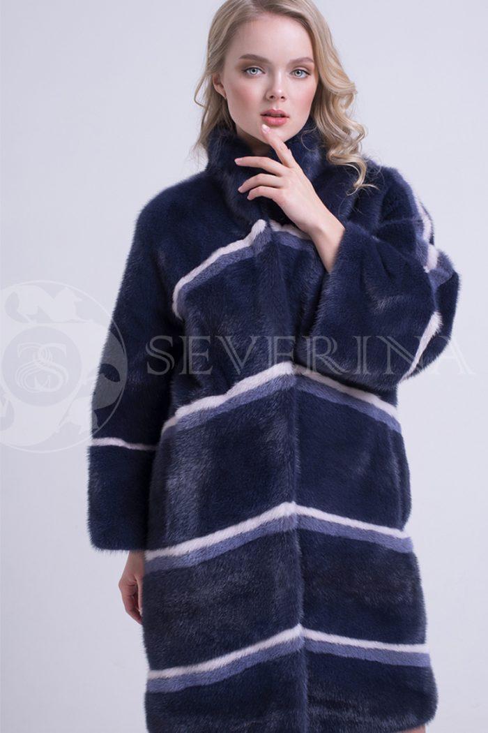 шуба из меха норки темно-синего цвета