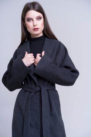 doletskiy 0368 300x450 - пальто с отделкой из меха песца в цвете соболь
