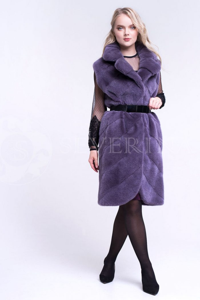 жилет из меха норки темно-фиолетового цвета