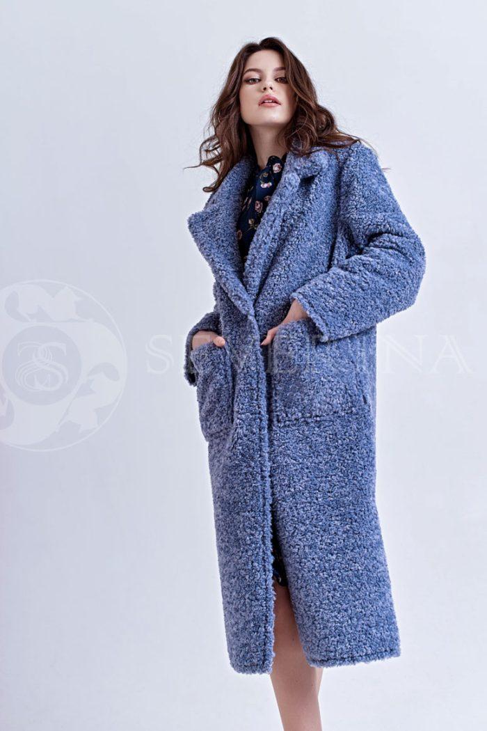 goluboe1 700x1050 - пальто из букле пастельно-синего цвета