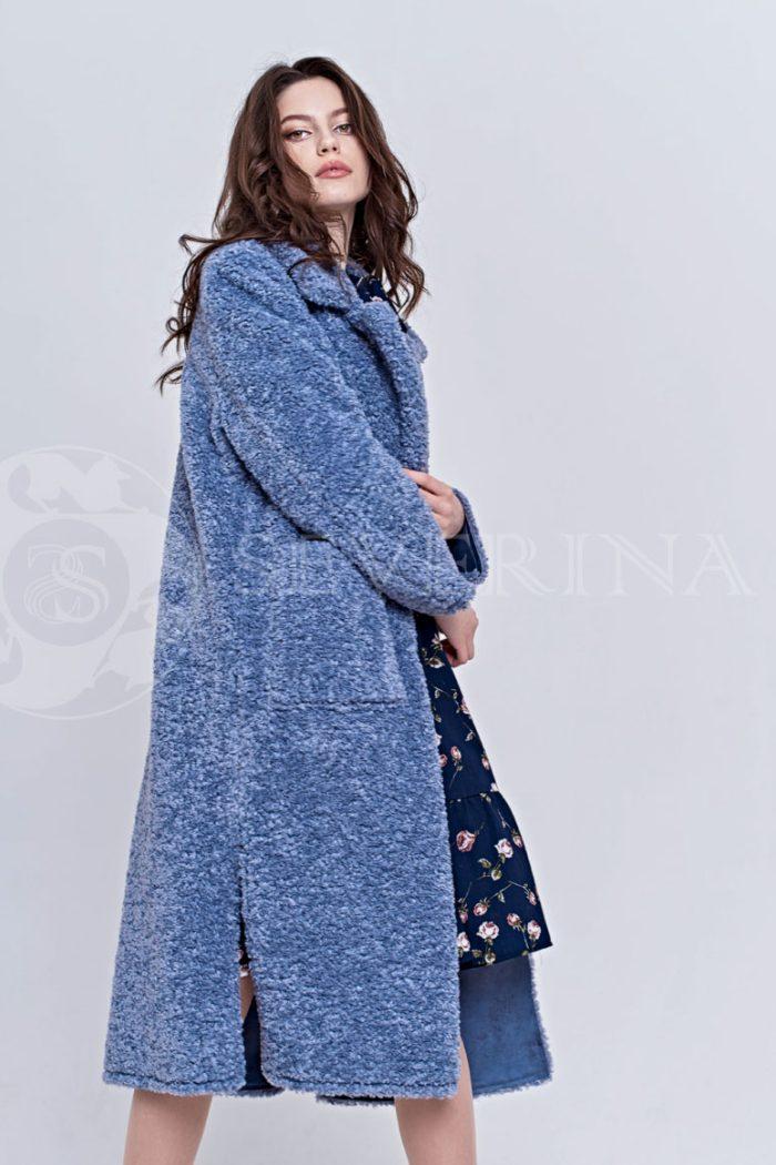 goluboe3 700x1050 - пальто из букле пастельно-синего цвета