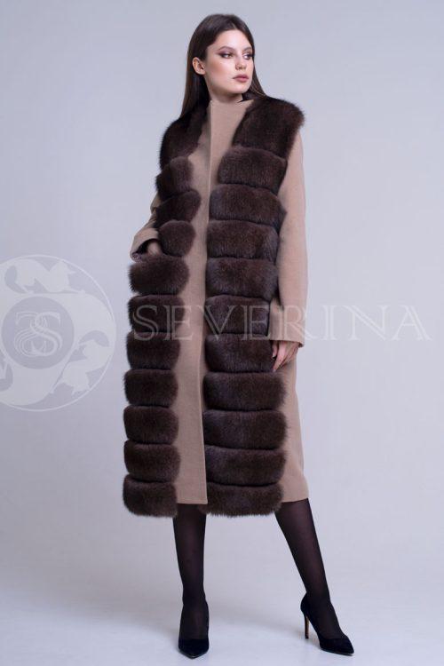 пальто с отделкой из меха песца в цвете соболь