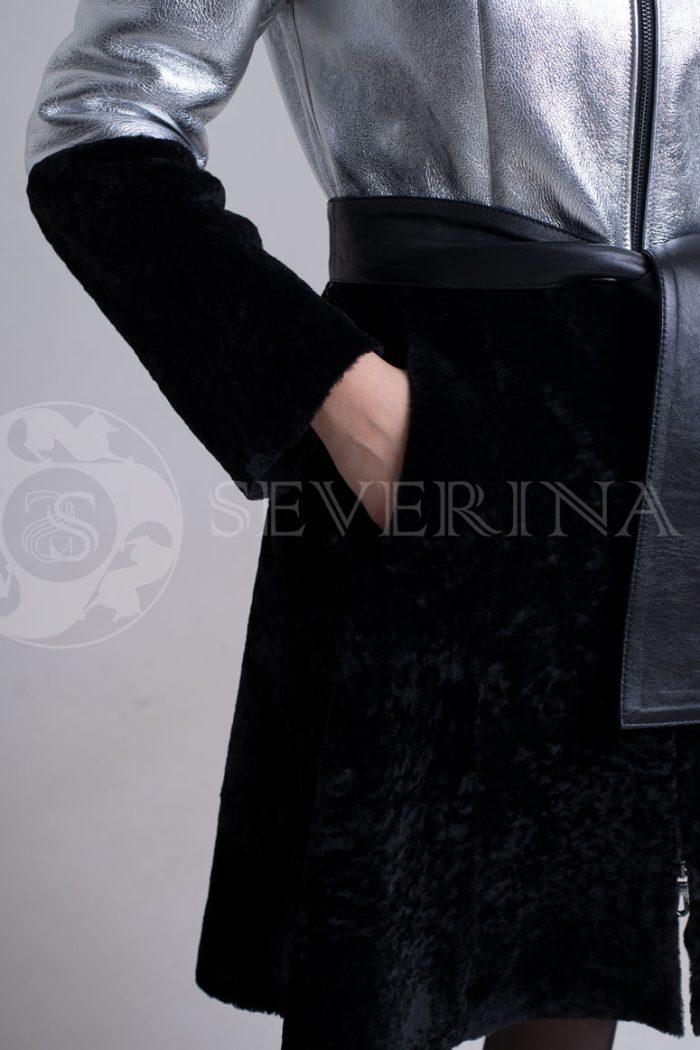 dublenka shuba serebristo chernaja fason plate3 700x1050 - куртка-дубленка из металлизированной кожи и овчины с отделкой мехом чернобурки