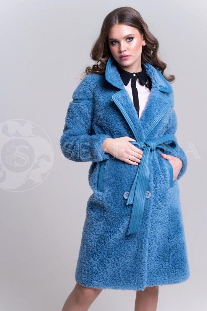 palto jekomeh goluboe2 700x1050 - пальто из овечьей шерсти с кожаной отделкой