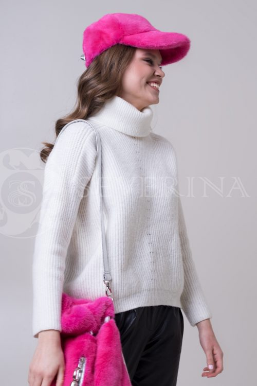 kepka rozovaja 2 500x750 - кепка из меха норки розового цвета