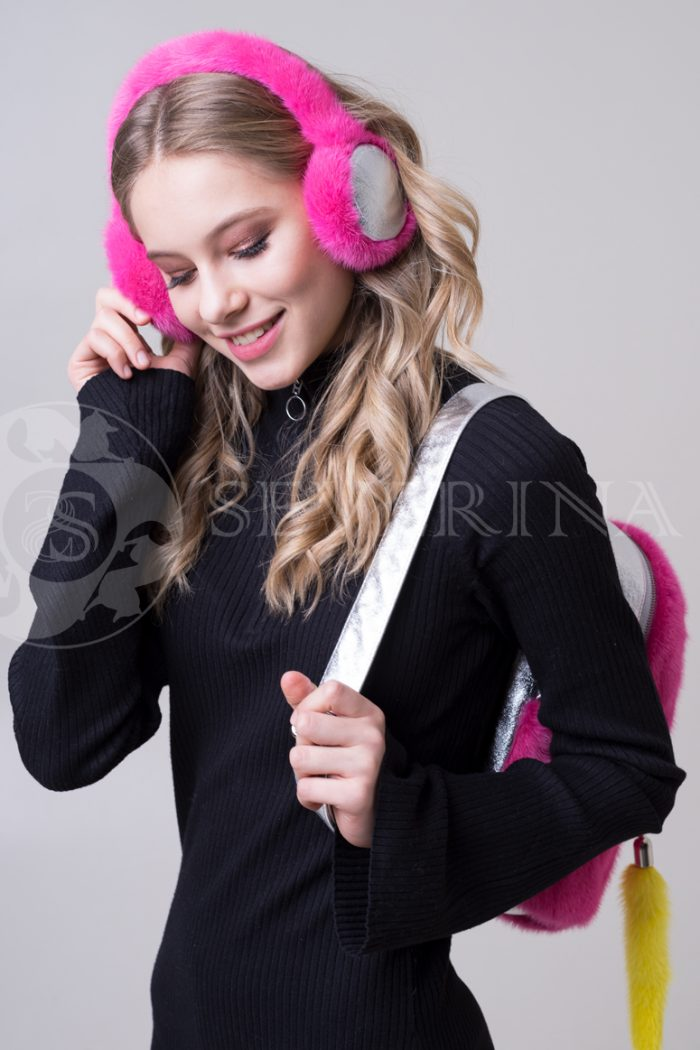 наушники из меха норки розового цвета