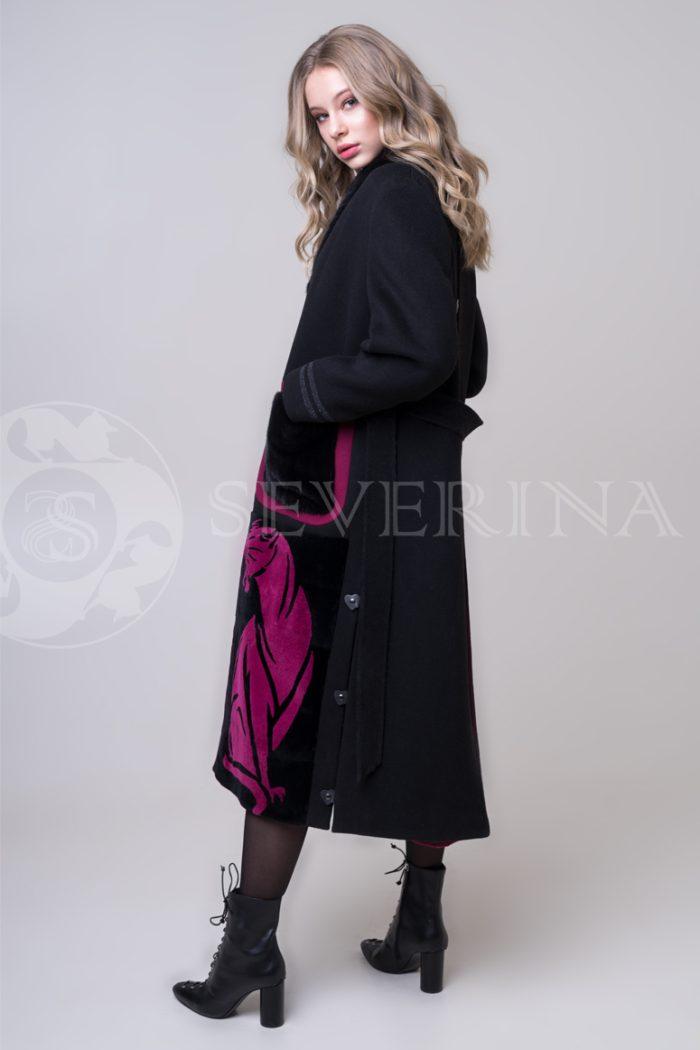 palto chernoe fuksija tigr 1 700x1050 - пальто с инкрустацией цветным мехом норки