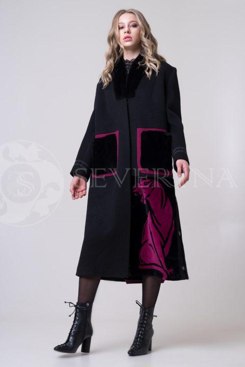 пальто с инкрустацией цветным мехом норки