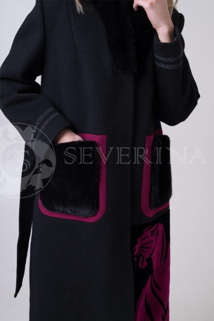 palto chernoe fuksija tigr 4 700x1050 - пальто с инкрустацией цветным мехом норки