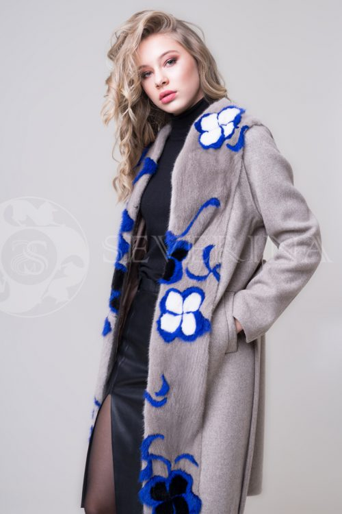 palto mokko norka sinie cvety 1 500x750 - пальто-жилет с инкрустацией цветным мехом норки