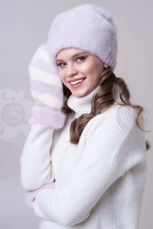 rukavichki lavanda belyj 1 500x750 - шапка из меха песца пудрового цвета