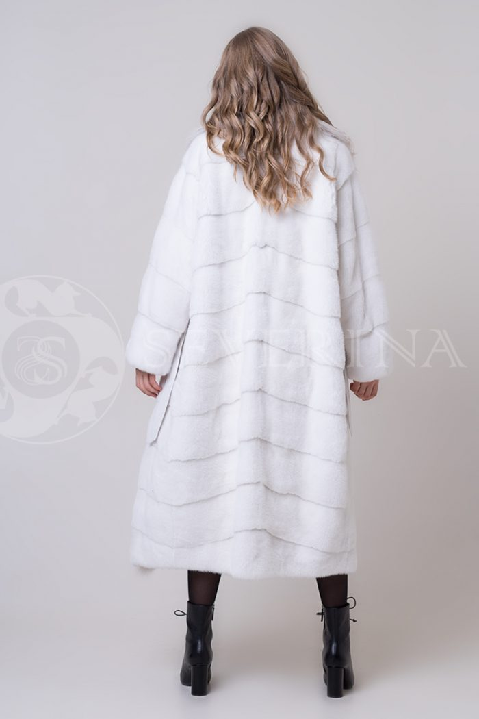 shuba norka belaja bort rys 5 1 700x1050 - шуба из меха норки с отделкой из меха рыси
