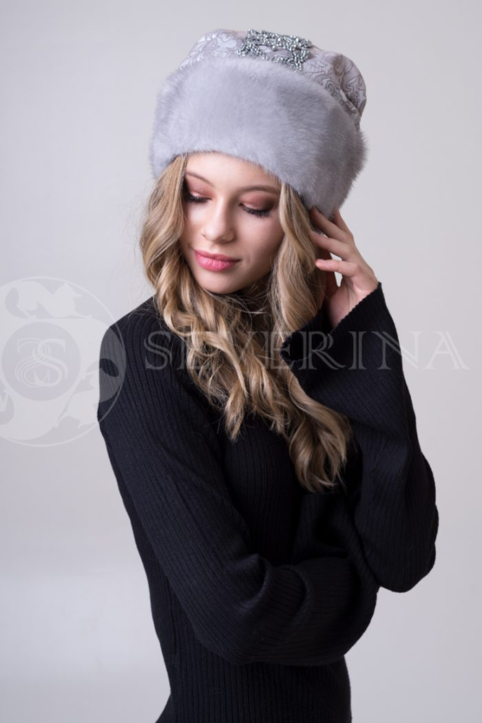 svetlo seraja carevna3 700x1050 - шапка из меха норки