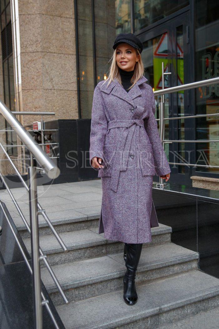 пальто в клетку сиреневого цвета