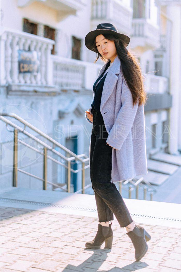 пальто свободного силуэта цвета лаванда