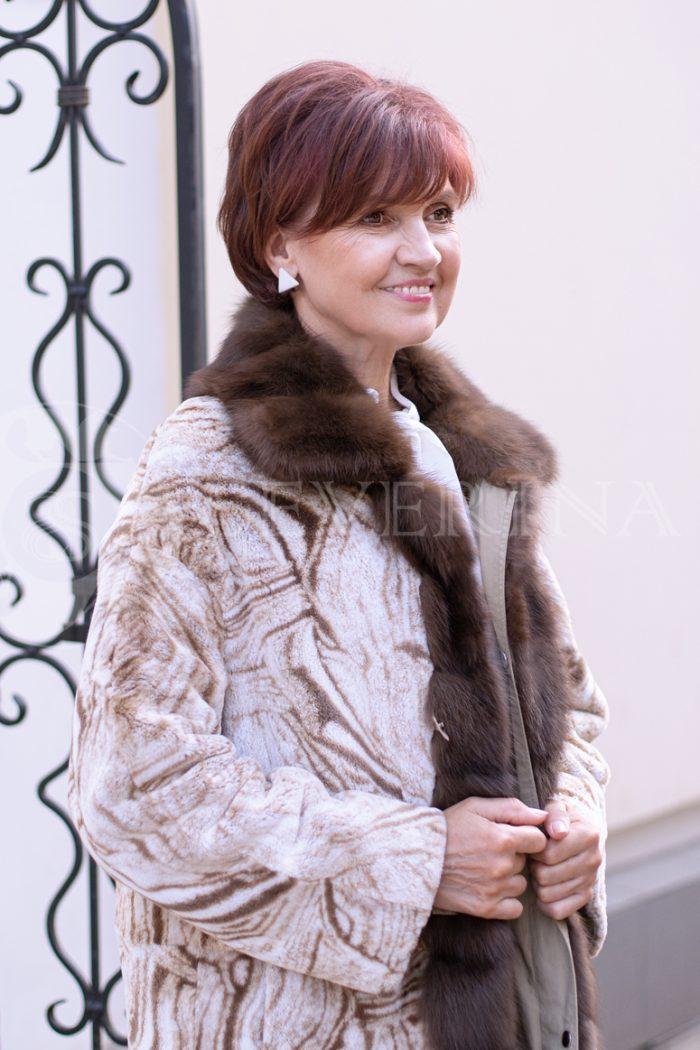 svetlaja 2stor pesec risunok 1 700x1050 - двусторонняя куртка-парка с отделкой мехом соболя