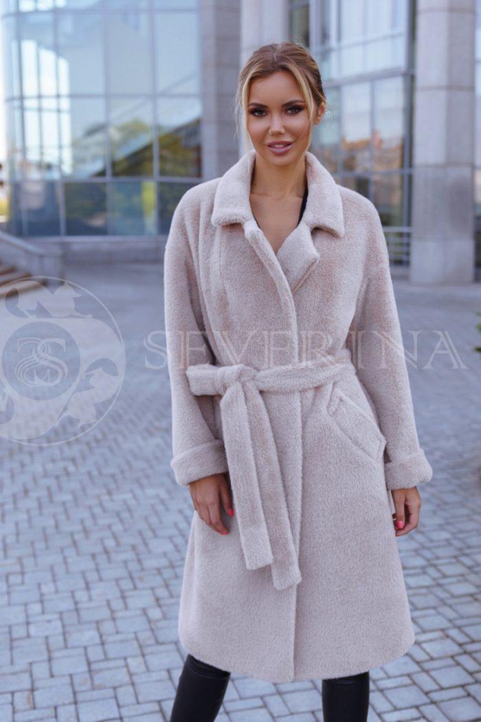 vanilnoe 1 700x1050 - пальто из мягкой ткани бежевого цвета