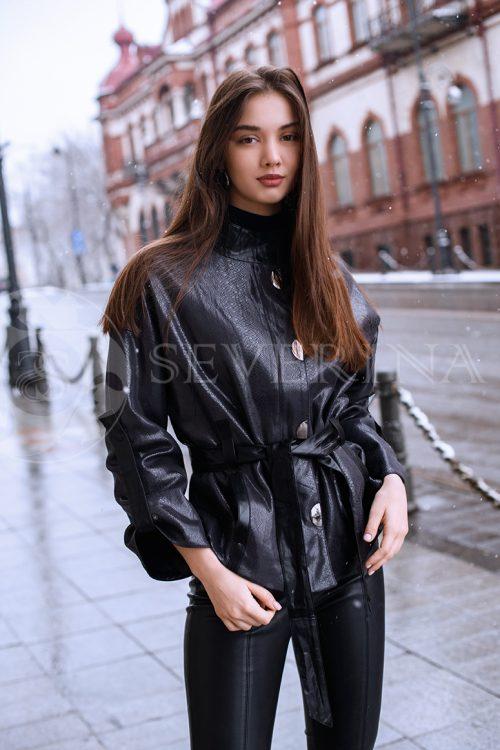 куртка из итальянской экокожи с принтом под рептилию