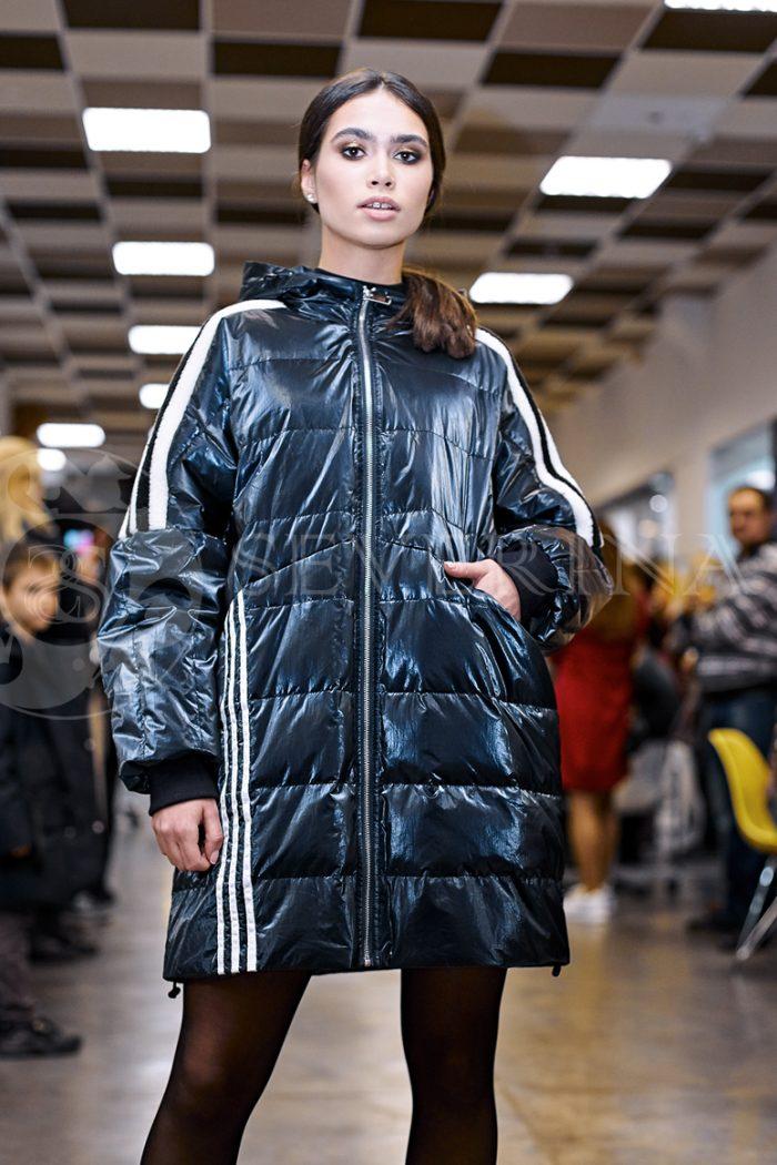 kurtka sinjaja steganka adidas 1 700x1050 - куртка с отделкой из меха овчины