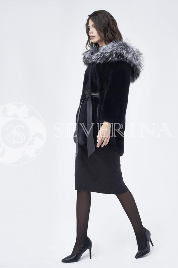 шуба из меха скандинавской норки с капюшоном из меха серебристо-черной лисы