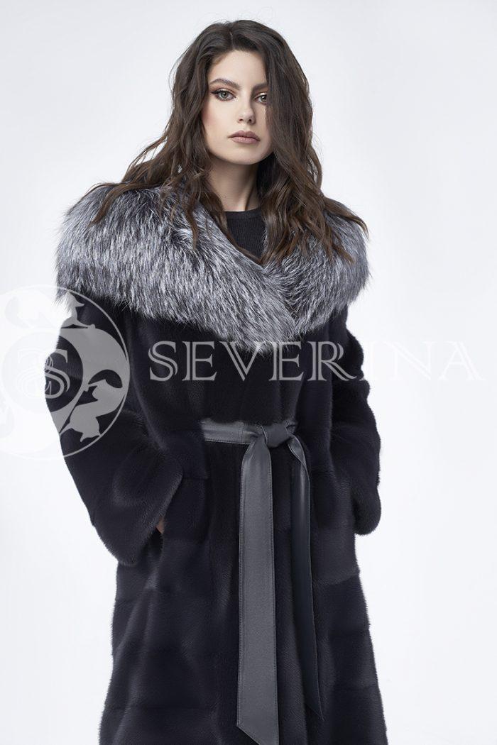 doletskiy 0679 700x1050 - шуба из меха скандинавской норки с капюшоном из меха серебристо-черной лисы