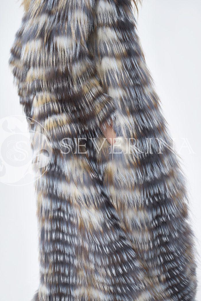 шуба из меха лисы в натуральном цвете