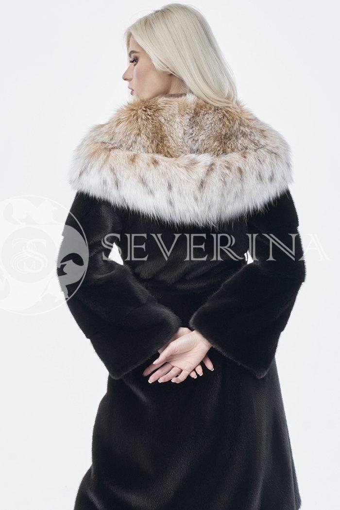 doletskiy 0208 1 700x1050 - шуба из меха скандинавской норки с мехом рыси