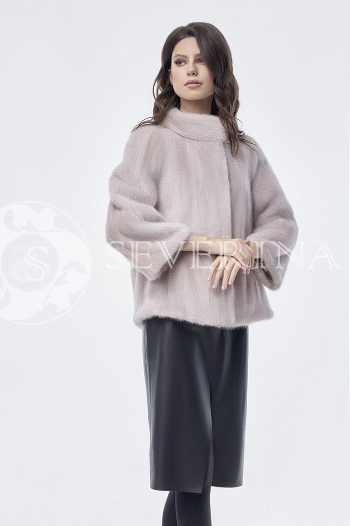 doletskiy 0376 700x1050 - шуба из меха норки пудрового цвета