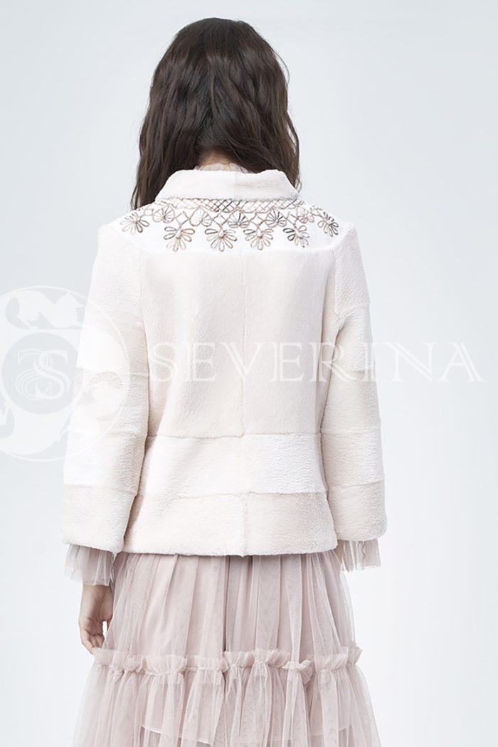 doletskiy 1091 700x1050 - шуба из стриженного меха бобра оттенка розовая равалия с вышивкой