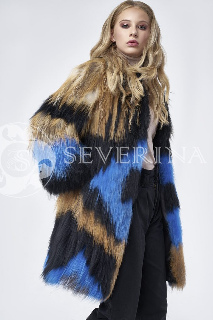 doletskiy 1331 700x1050 - шуба из цветного меха лисы