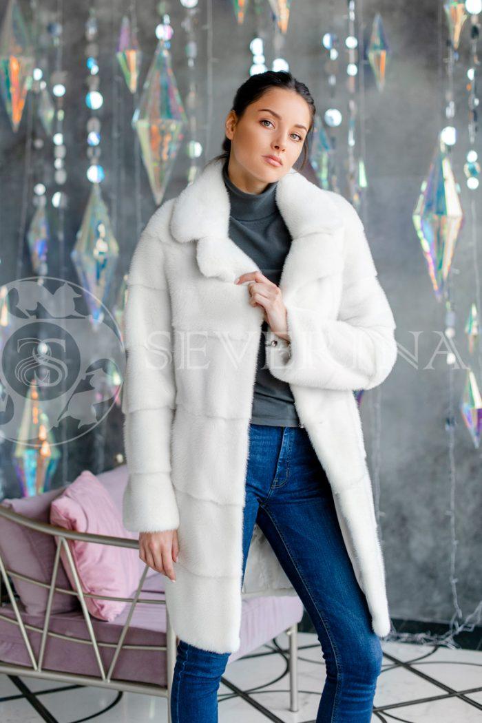 norka poperechka belaja 1 700x1050 - шуба из меха канадской норки white