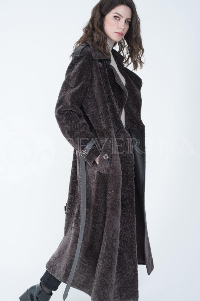 пальто-тренч из меха овчины с кожаной отделкой