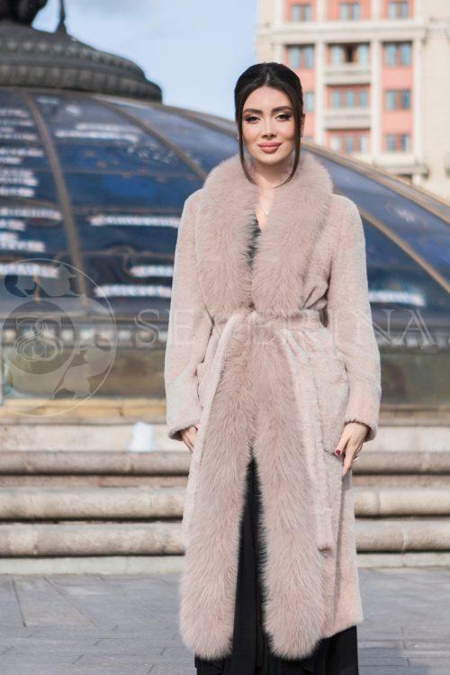 palto pudra pesec 500x750 - пальто-тренч из меха овчины с кожаной отделкой